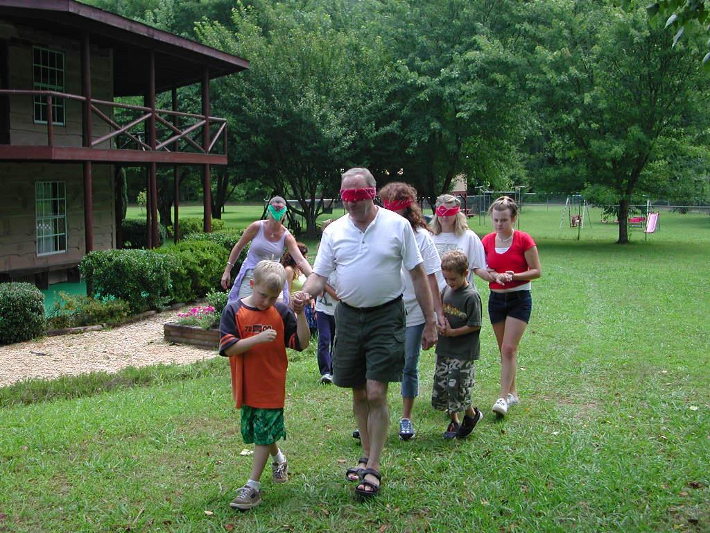blindfold-parent-walk