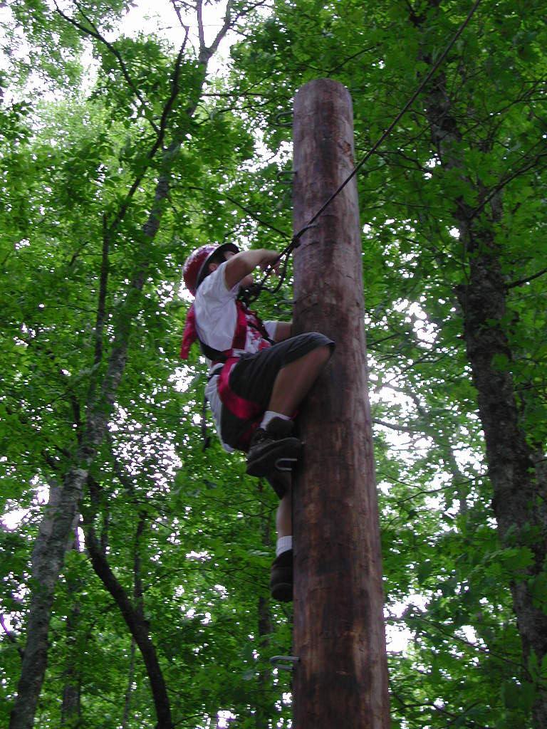 dustin-climbing